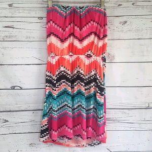 Strapless dress geometric pattern